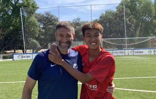 晉江足球小將何鑫傑入選U19國青隊,聽聽他的故事……